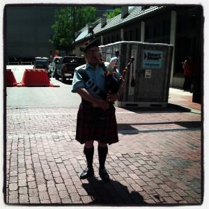 Street Performer bagpiper